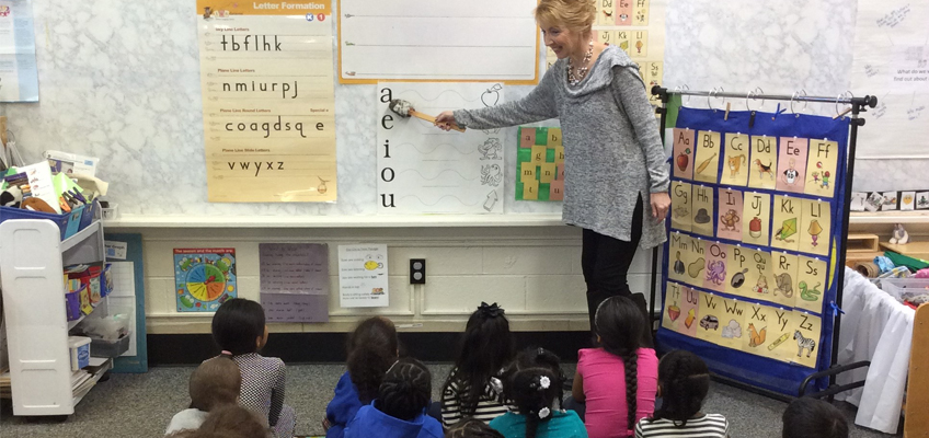 Nancy Close leads a Fundations Pre-K lesson at at Hunter Elementary School in Greensboro, NC.
